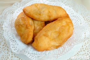 Picture of Deep Fried Pie with stewed cabbage 1pcs